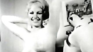 Erotic Nudes 502 50's And 60's - Scene Trio