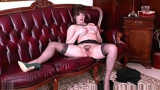 Big Natural Tits Dark Haired Masturbates In Retro Nylons Garters High High-heeled Shoes