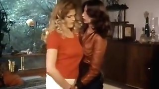 Screwpies Lesbo Scene