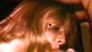 Peepshow Loops 194 1970's - Scene 1