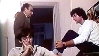 Greek Porno 70 - 80s (pios Tha Pidixi Ti Gorgona?) Prt2 - Gr2